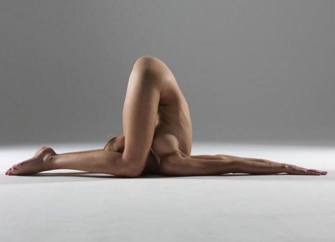 Голая йога Зрелище невероятной красоты