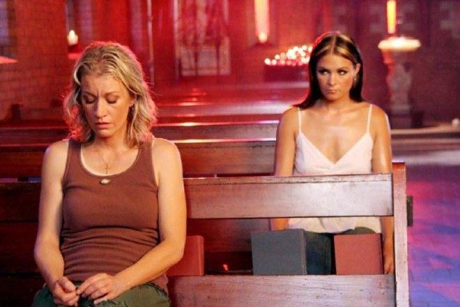 Лесбийский Поцелуй Анджелины Джоли С Элизабет Митчелл – Джиа (1998)