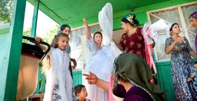Как лишают невинности цыган фото 627-989