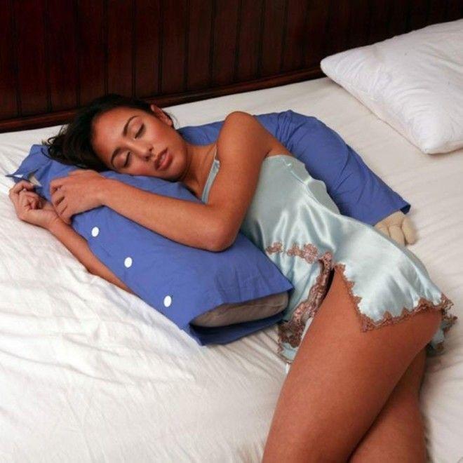 Картинки по запросу подушка в виде мужчины