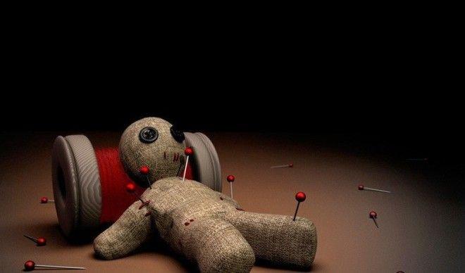 Кукла ВудуАвторы племена африканского континентаНастоящая классика кукла Вуду была способна не только превратить человека в зомби но и передать всю его силу колдуну Вот почему последние были самыми уважаемыми членами племени кто захочет ругаться с человеком который в любую минуту способен оставить тебя беспомощным