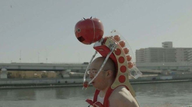 14 Робот который кормит помидорами безумные вещи изобретатели изобретения ненужные вещи