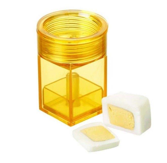 11 Форма для придания яйцам кубической формы Egg Cuber безумные вещи изобретатели изобретения ненужные вещи