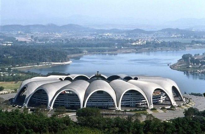 Крупнейшие в мире здания
