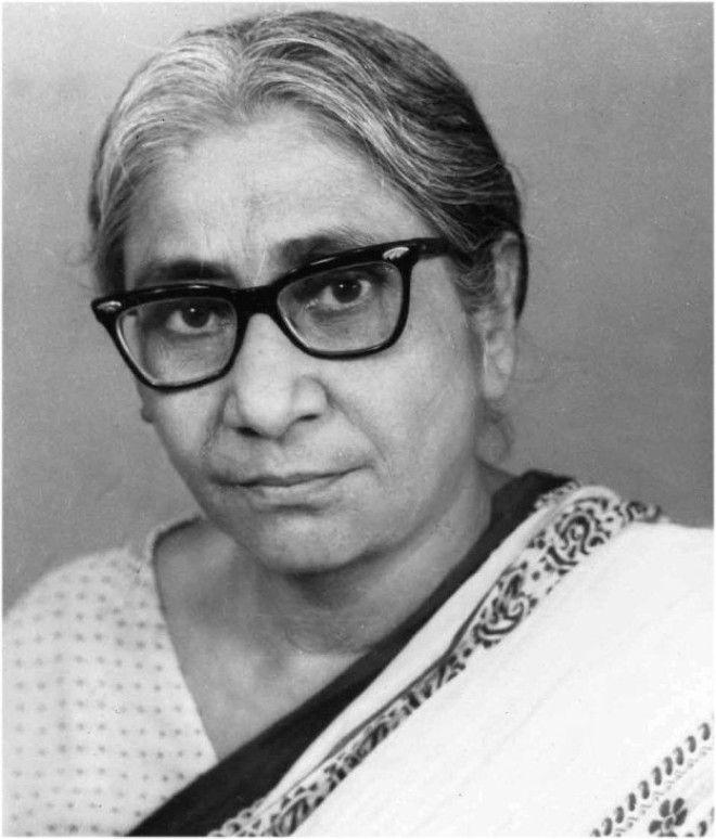 Асима Чаттерджи первая женщина получившая степень доктора наук в Индии женщина индия история