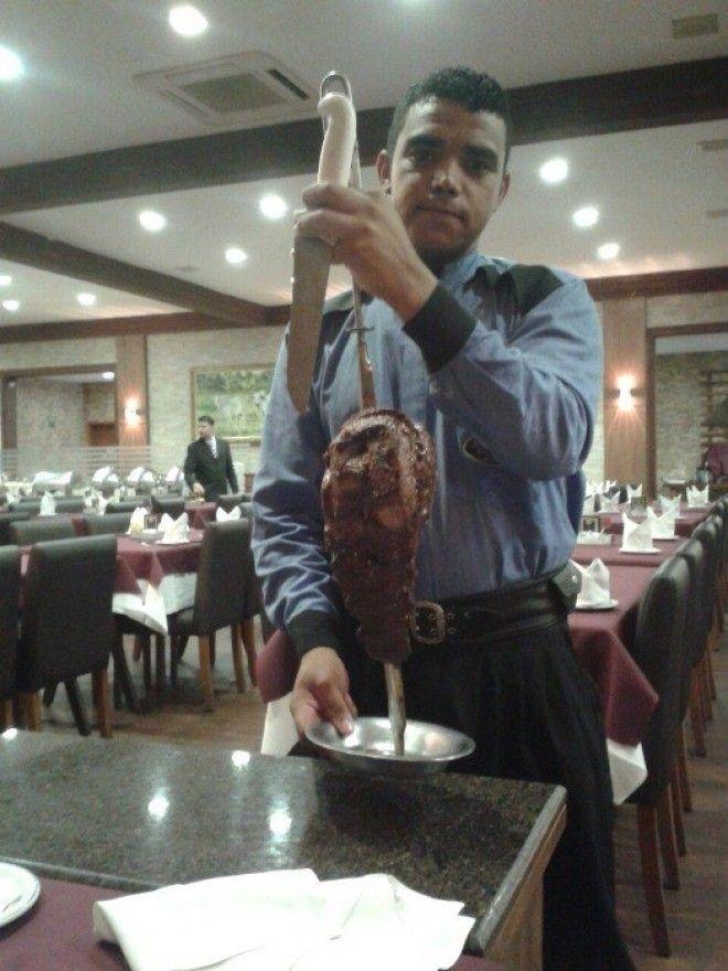 Чураско мясо приготовленное на вертеле
