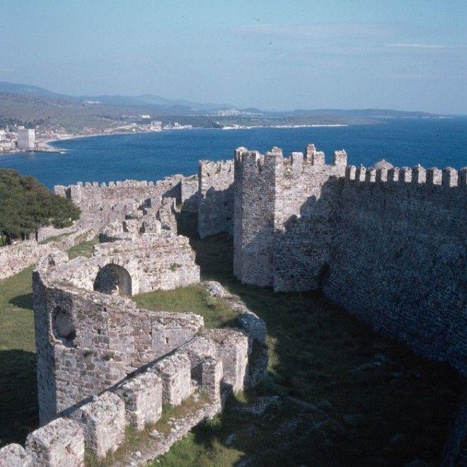Генуэзский участок стены в северной части крепости