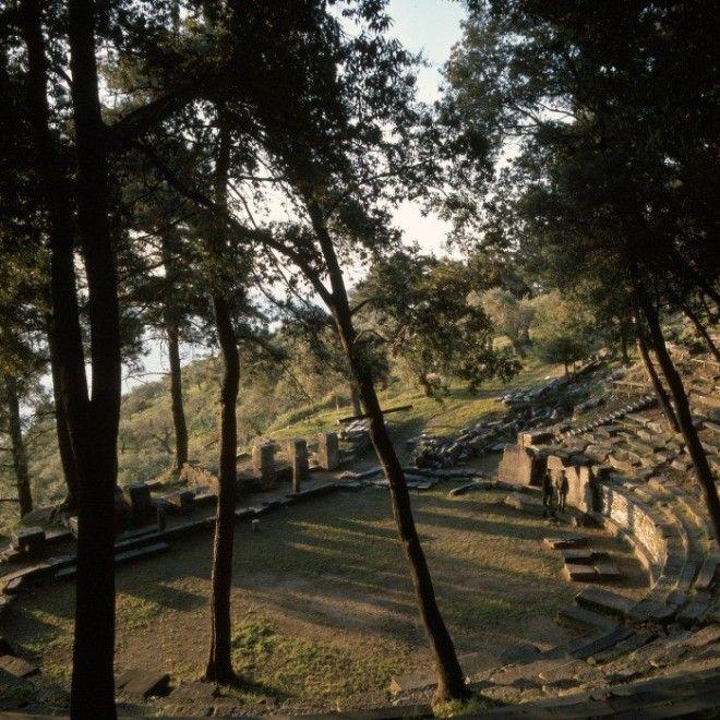 Остатки театра острова Тасос