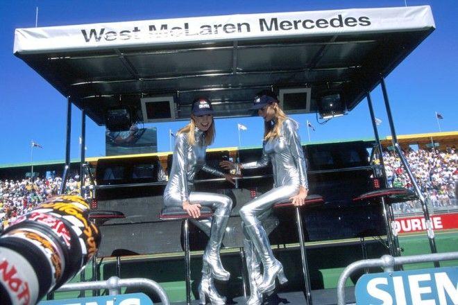 Полуобнаженные красавицы Формулы 1 Фото 1