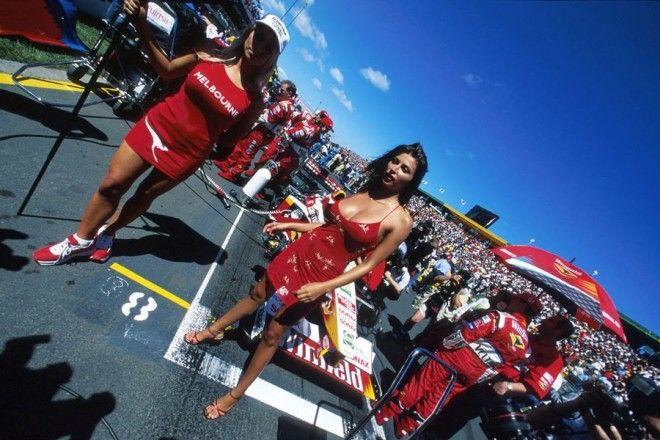 Полуобнаженные красавицы Формулы 1 Фото 30