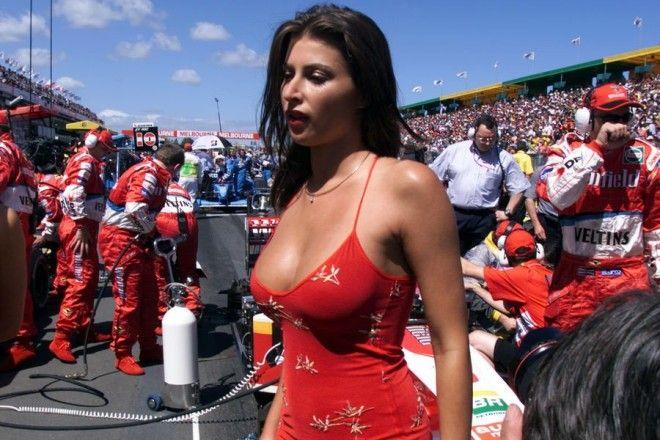 Полуобнаженные красавицы Формулы 1 Фото 3
