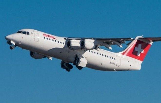Преувеличенная опасность: полет на самолете с отказавшим двигателем.