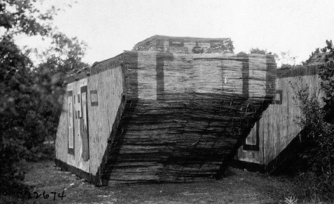 1918г Немецкий танкмуляж сделанный из камыша