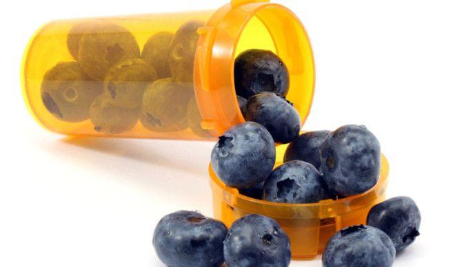 Ежевика Ежевика защищает печень и мозг а также способствует укреплению иммунной системы Эти ягоды богаты антиоксидантами то есть задерживают старение кожи и всего тела