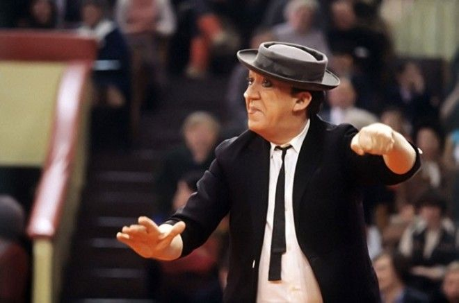 Артист Юрий Никулин во время выступления 25 января 1981 года