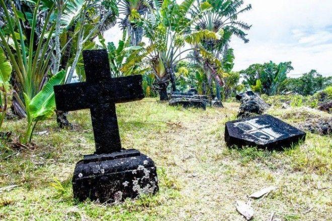 Могильный крест на кладбище СентМари Фото trinixyru