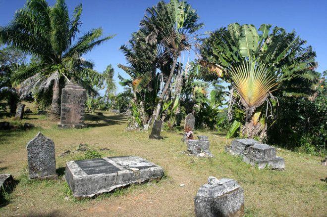 Пиратское кладбище в тропическом раю Фото uploadwikimediaorg