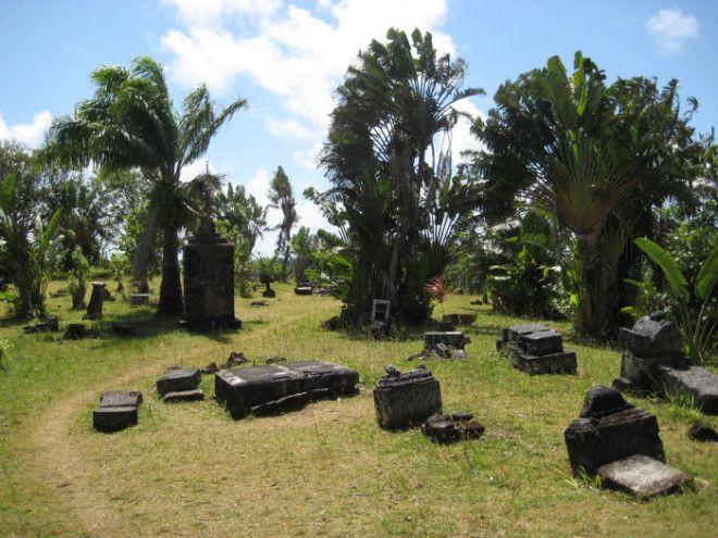 Кладбище острова СентМари стало местом упокоения для тысяч пиратов Фото thevintagenewscom