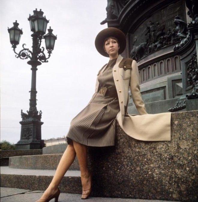 Демонстрация элегантного ансамбля СССР 1972 год
