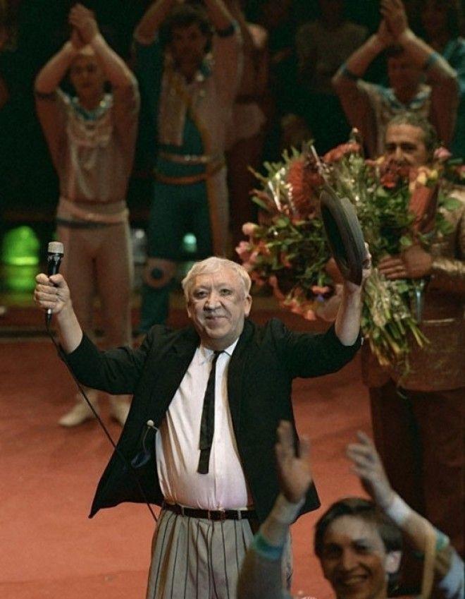 Юрий Никулин открывает представление в 1989 году