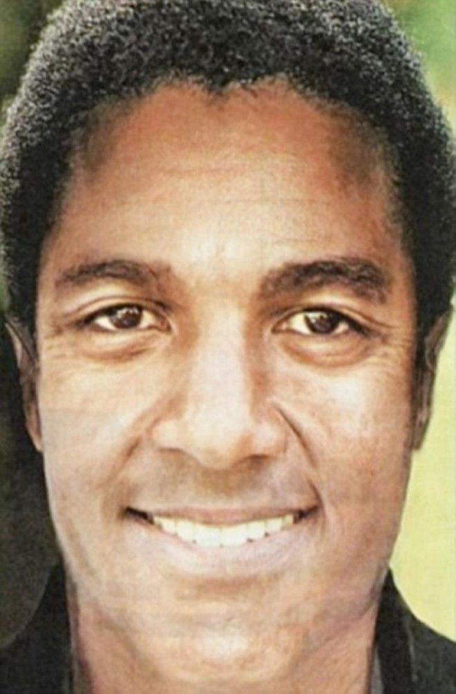 LКак бы выглядел Майкл Джексон если бы никогда не менял лицо