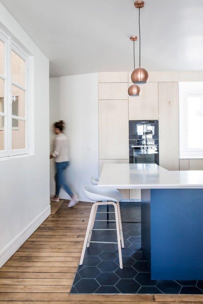 Интерьер парижской квартиры для большой семьи