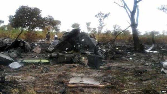 Разбитый Эмбраер 190 мозамбикских авиалиний