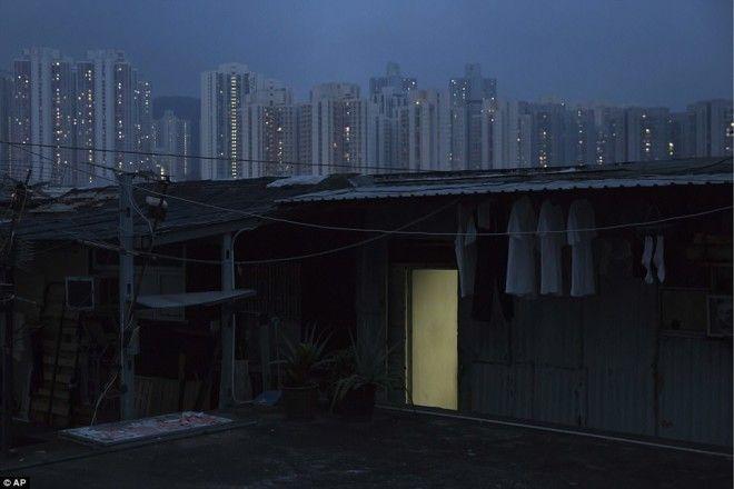 Жизнь в гонконгских квартирахгробах