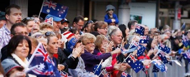 Австралийцы с флагами своей страны