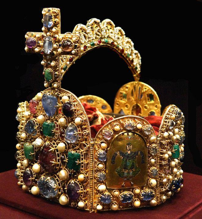 Корона королей и императоров Священной Римской империи Фото wwwruniversru