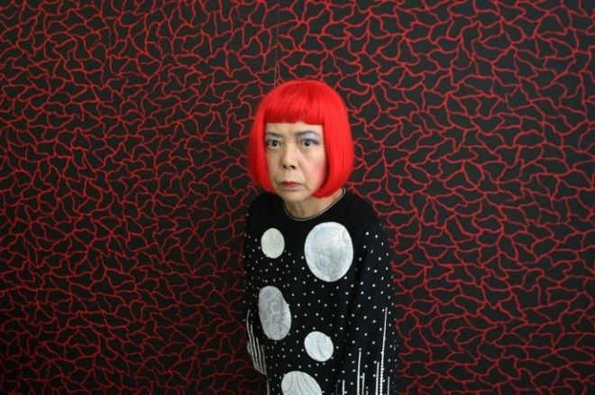 Самая дорогая художница уже 40 лет живущая в сумасшедшем доме