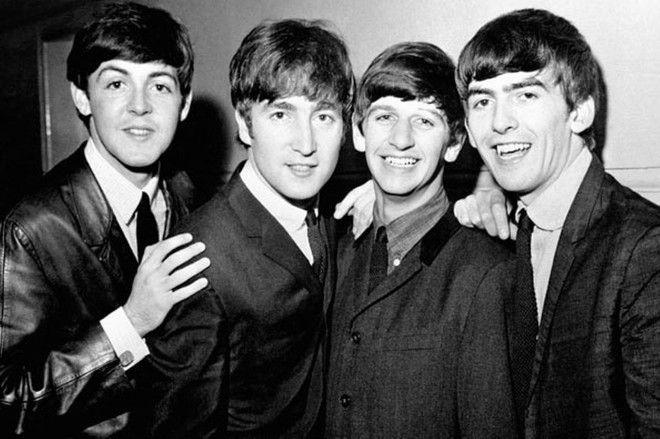 SОстроумные ответы The Beatles на вопросы журналистов