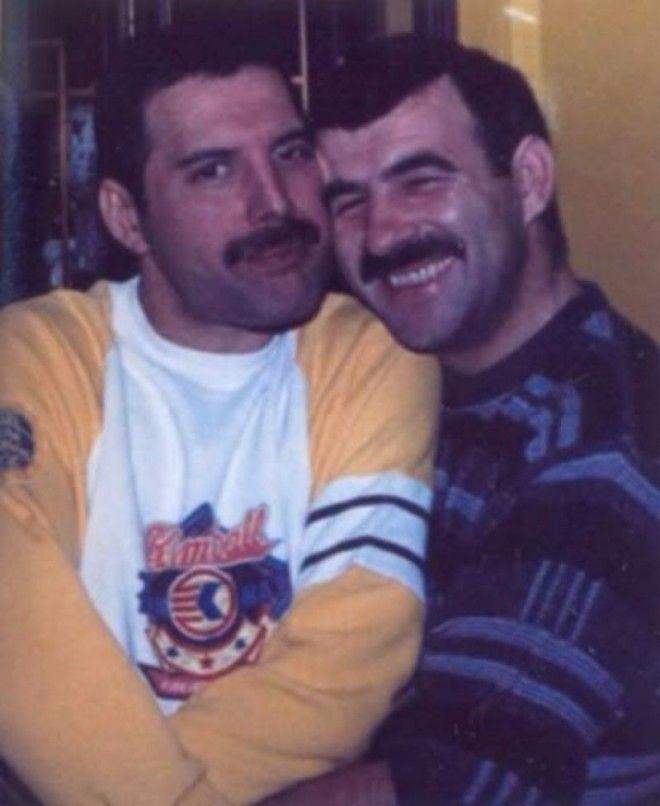 Личные фотографии Фредди Меркьюри и Джима Хаттона 13