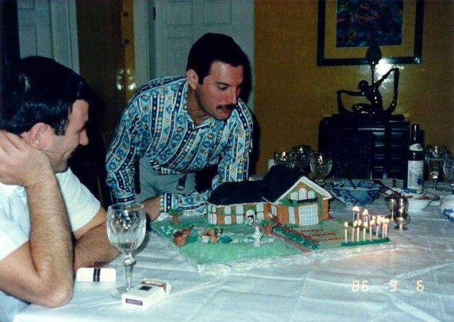 Личные фотографии Фредди Меркьюри и Джима Хаттона 1