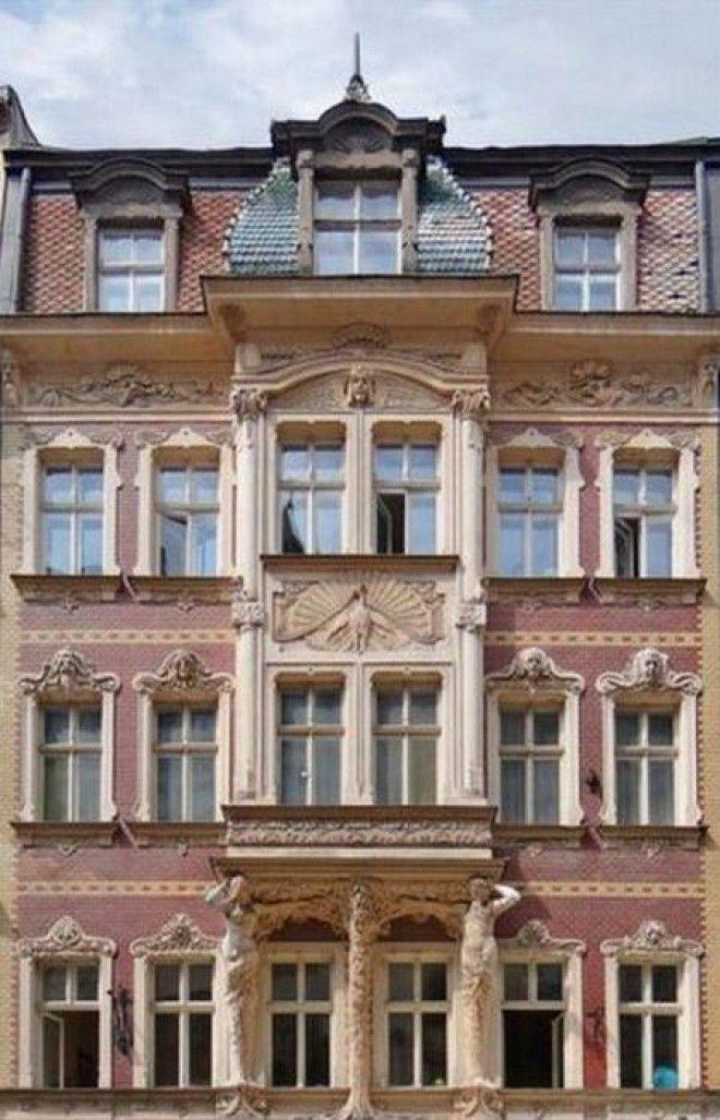 Здание на ул Смилшу 2 построенное по проекту Константина Пекшенса 1902 год