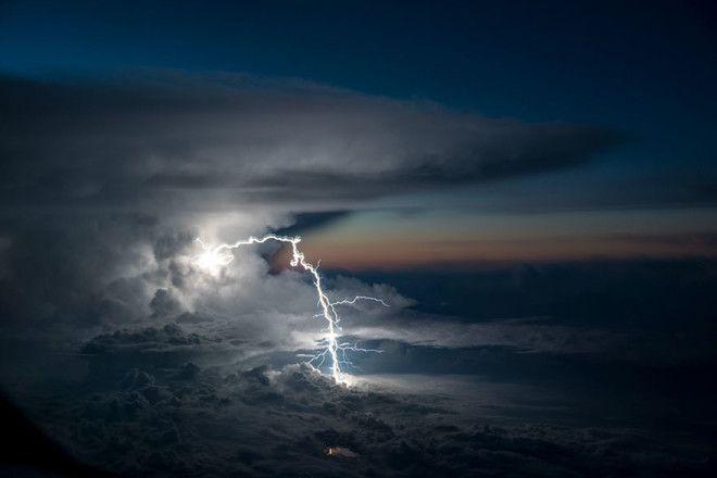 Непогода в иллюминаторе