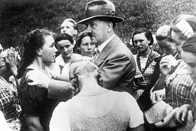 Картинки по запросу С какими женщинами фашистским солдатам было запрещено вступать в связь
