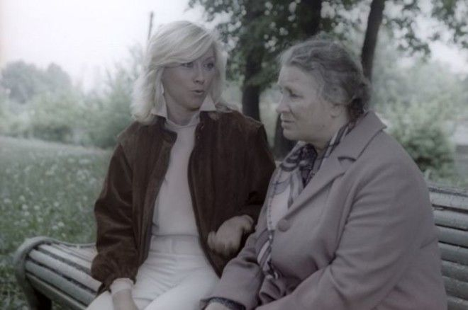 В социально драме Игоря Вознесенского Мирошниченко играет одну из своих материнских ролей преуспевающей журналистки которая изза любви к сыну не замечает его готовности к преступлению