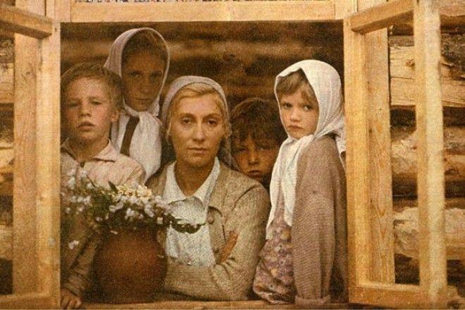 Яркая и эффектная не советского образца внешность чуть было не лишила актрису роли простой крестьянки Веры Куркиной которая была главной в фильме Николая Губенко