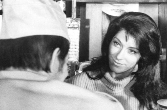 Роль пламенной революционерки Марии в политическом детективе Витаутаса Жалакявичюса дала возможность осуществиться мечте актрисы побывать в Париже