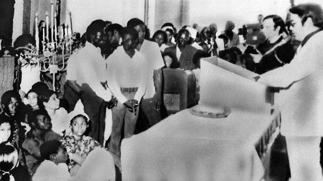 Самое массовое самоубийство XX века Секта Храм народов