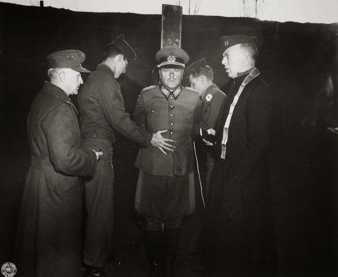 Советский разведчик смеется перед расстрелом 9 фото Второй мировой