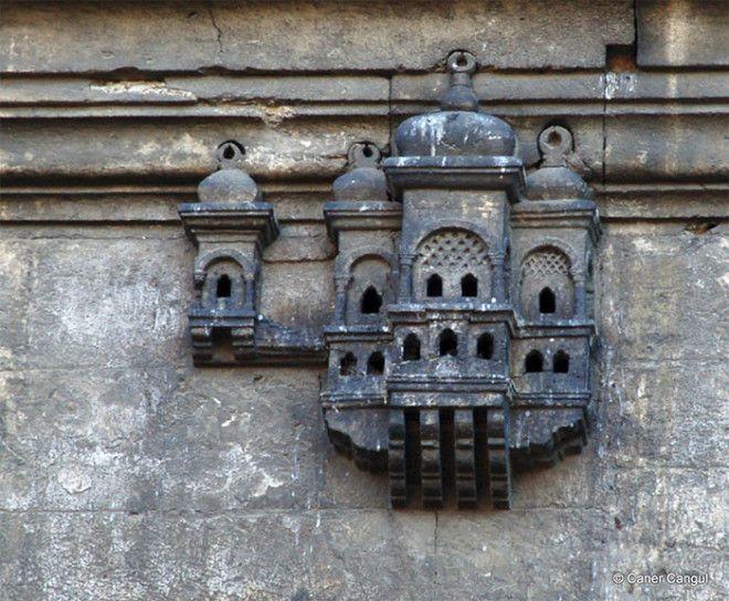 Роскошные дворцы для птиц в Турции