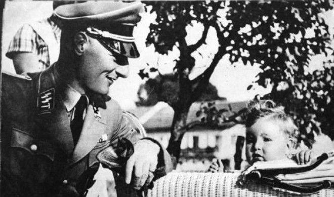 Расово чистых немцев призывали оплодотворять как можно больше женщин