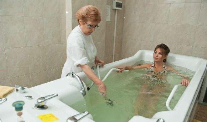 В санаториях бывшего СССР часто предлагают скипидарные ванны