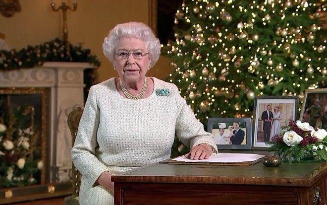 Картинки по запросу королева елизавета рождество