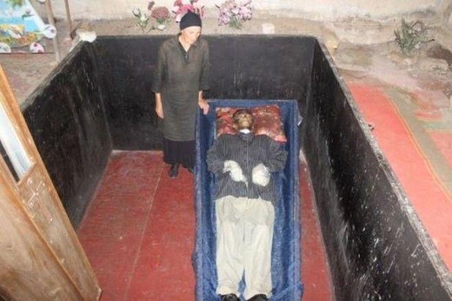 L8 шокирующих историй о людях живших с умершими