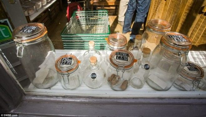 SДолой пластиковые пакеты В этом магазине традиционная тара под запретом
