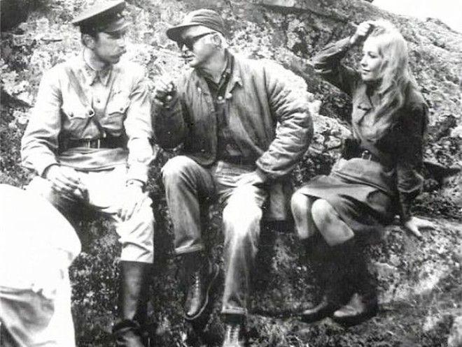 На съемках фильма А зори здесь тихие 1972 Фото tvcru