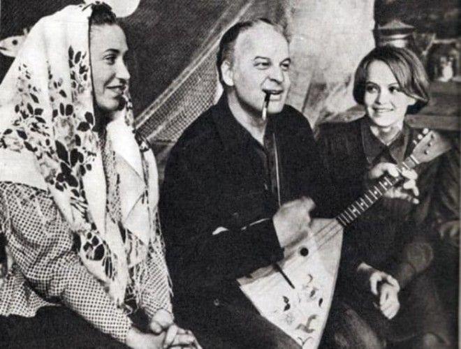 Режиссер Станислав Ростоцкий и актриса Ирина Шевчук справа Фото egru